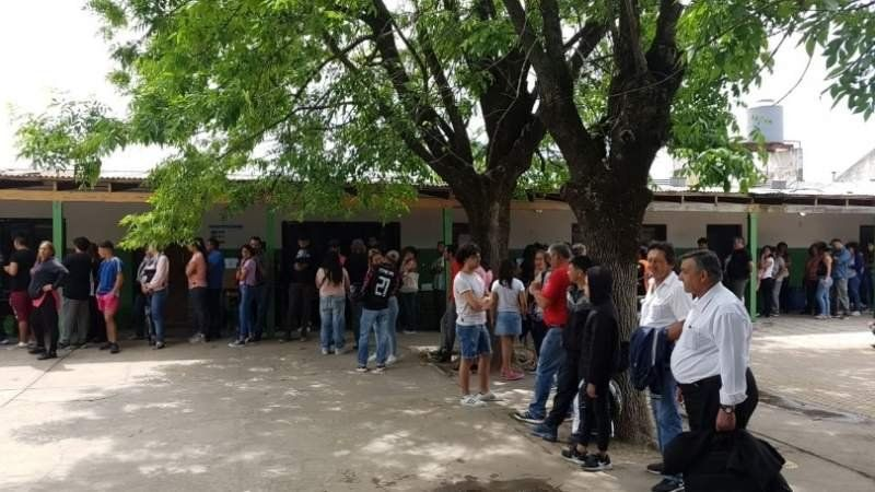 Ya se cuentan los votos en San Vicente y se define quién gana la intendencia