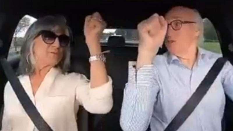 El divertido video cantado de Carlos Bianchi y su esposa para celebrar sus 70 años