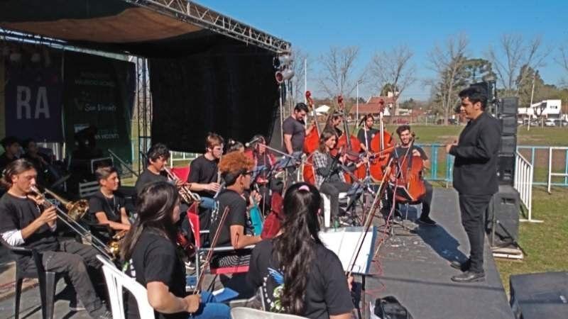 Tres conciertos especiales para despedir el año en San Vicente y Alejandro Korn