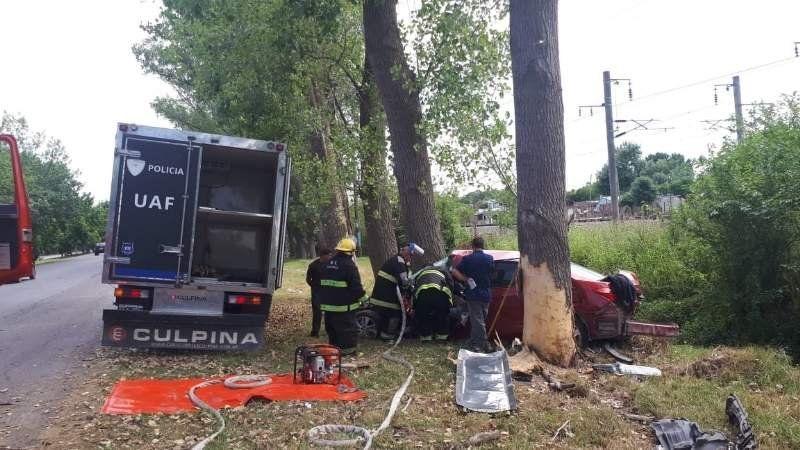 Accidente fatal en la ruta 210: falleció un joven de 28 años al chocar contra un árbol