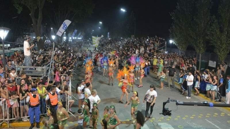 Este año no se realizará el tradicional carnaval de Longchamps