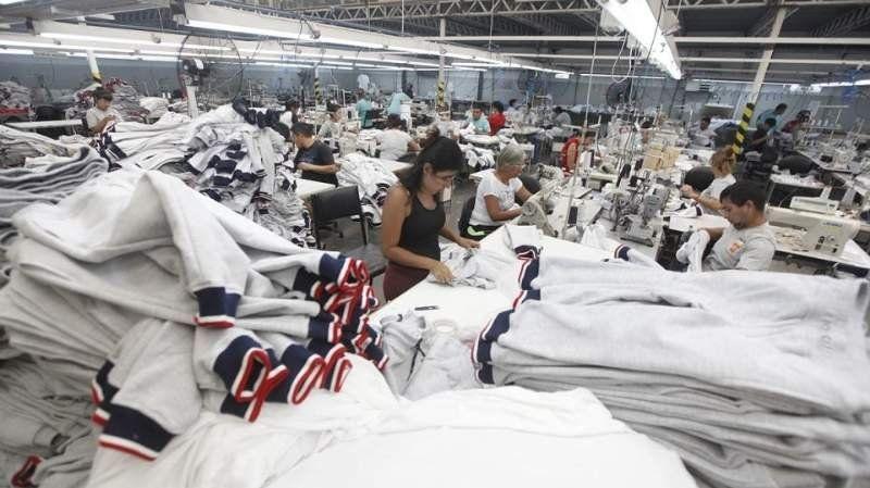 La industria textil, uno de los sectores castigados por el parate total de la economía