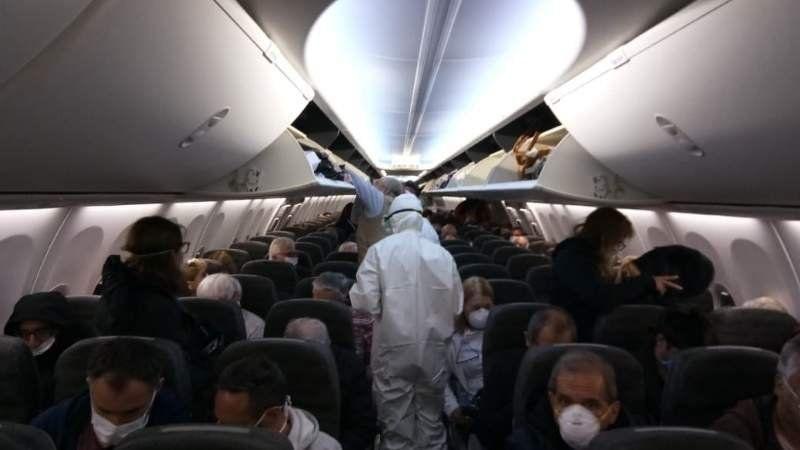 Video: emotivo aterrizaje de 300 argentinos que estaban varados en México