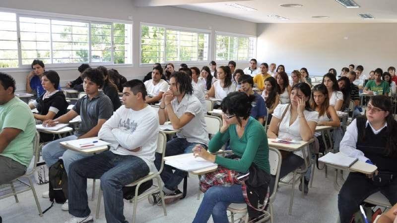 Coronavirus: la UBA reprogramó las clases y finalizarán en marzo de 2021
