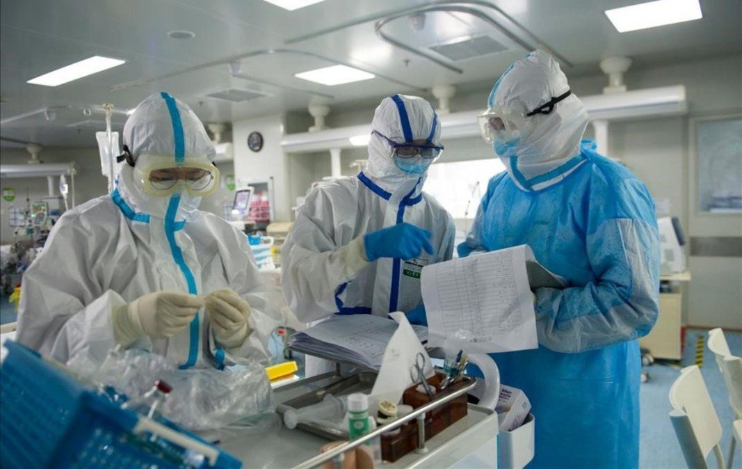 Récord de casos en el país con 949 contagios en 24 horas