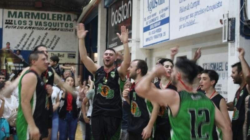 Verdiblanco campeón: el Social tuvo su fiesta en el Deportivo en la final histórica
