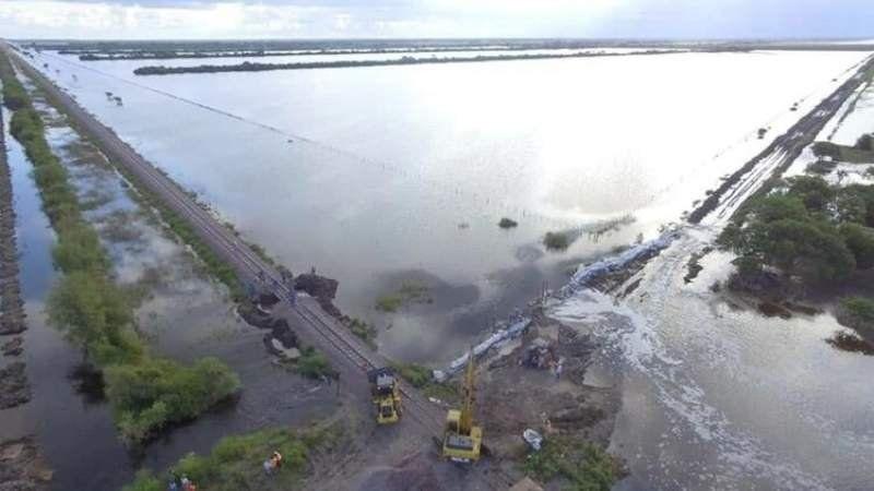 Cuatro muertos y más de 5 mil evacuados por las inundaciones en el Litoral