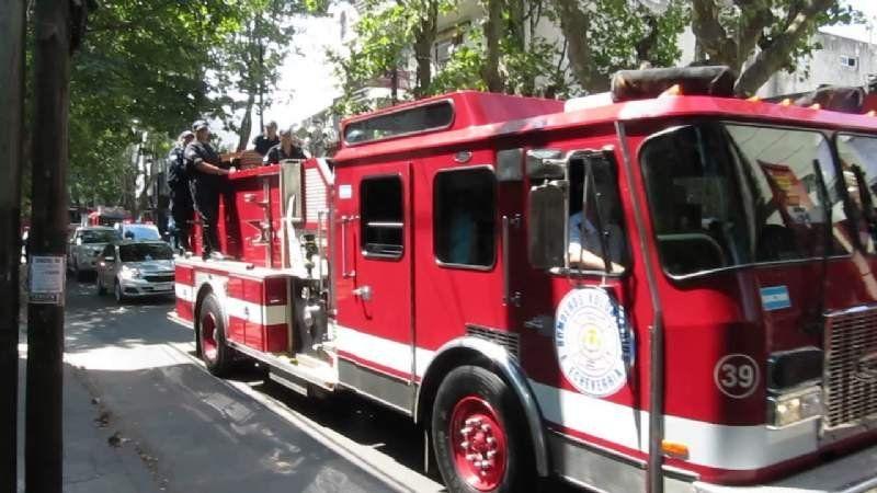VIDEO: Se incendió un camión de basura en El Jagüel