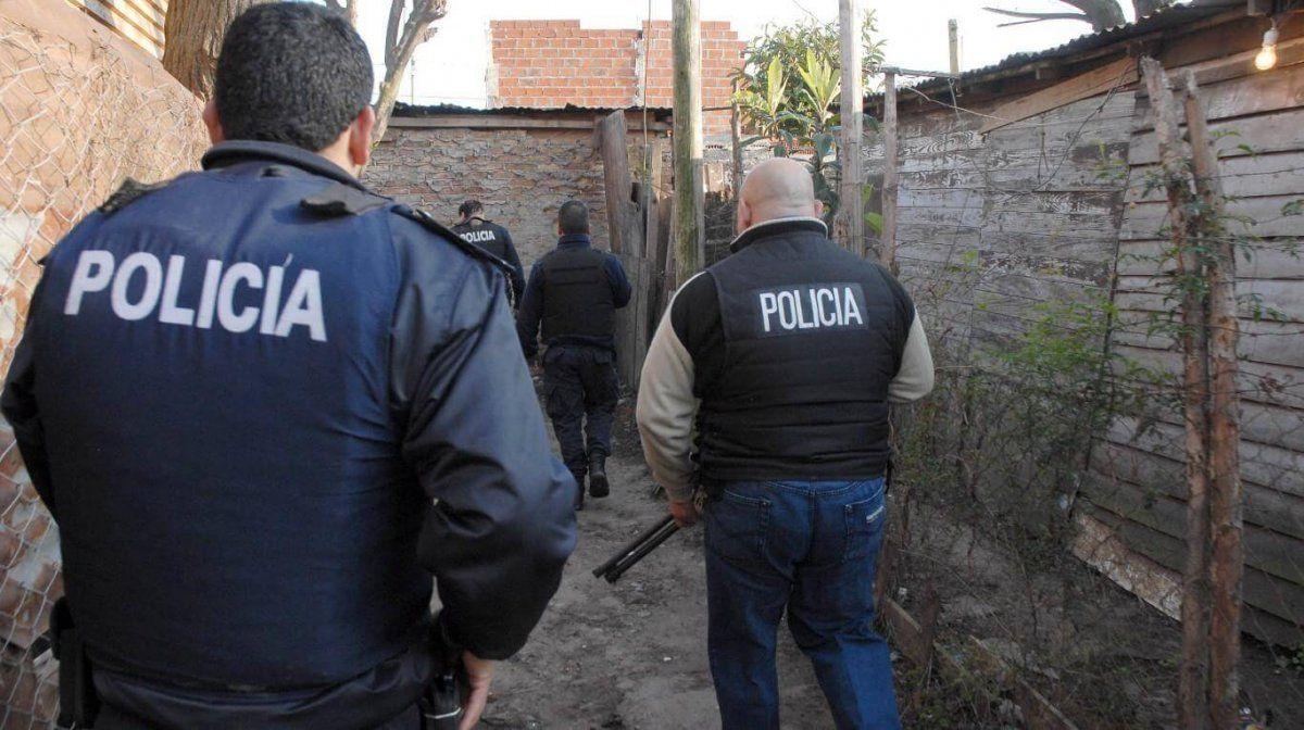 Siete efectivos de la Policía bonaerense violaron la cuarentena con una fiesta