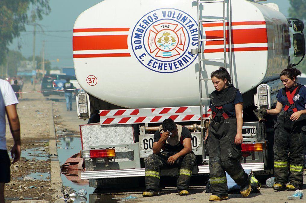 Esteban Echeverría: homenaje a los bomberos caídos en CABA
