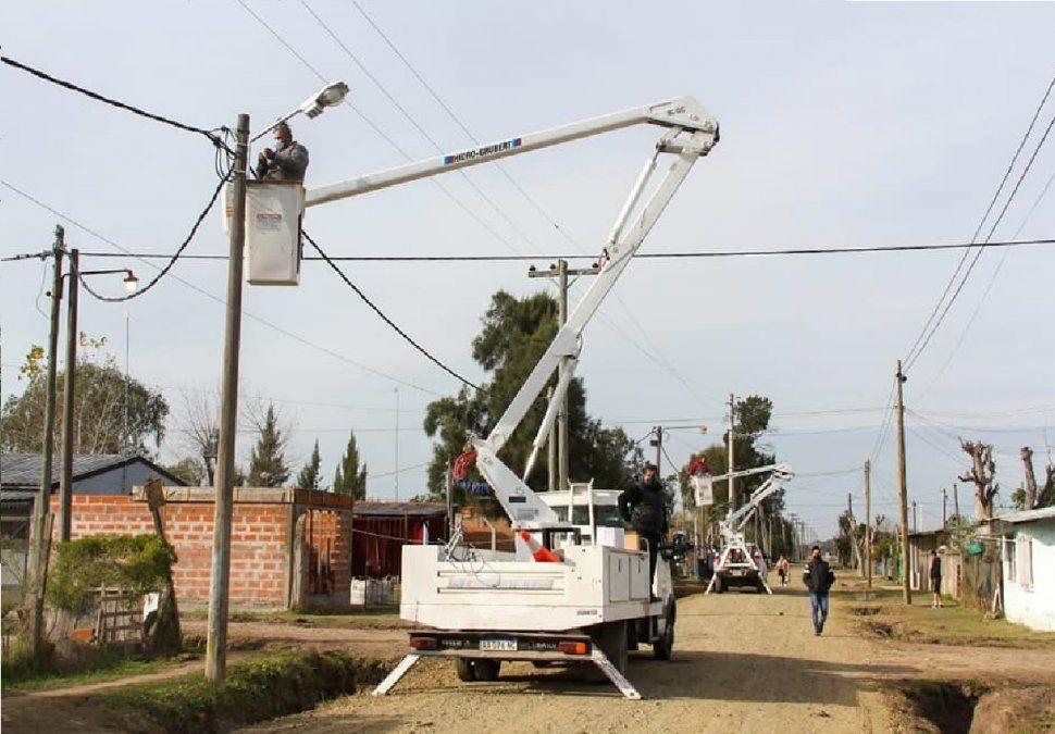 Alejandro Korn: realizan arreglos de calles y luminarias