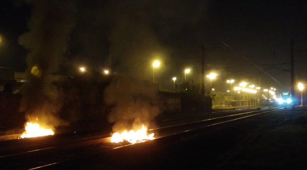 Tren Roca: Demoras en Monte Grande por un insólito motivo
