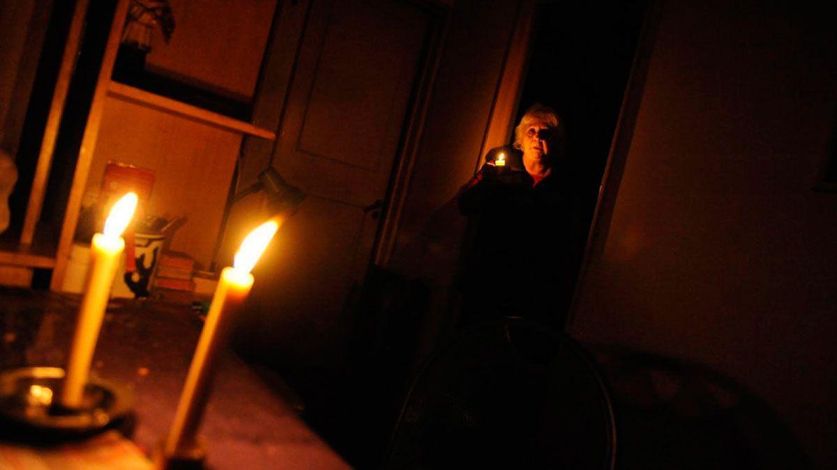 Vecinos de Claypole llevan una semana sin luz