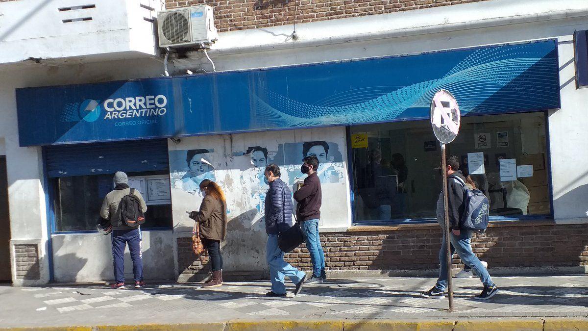 Asaltaron la sucursal del Correo Argentino de Ezeiza.