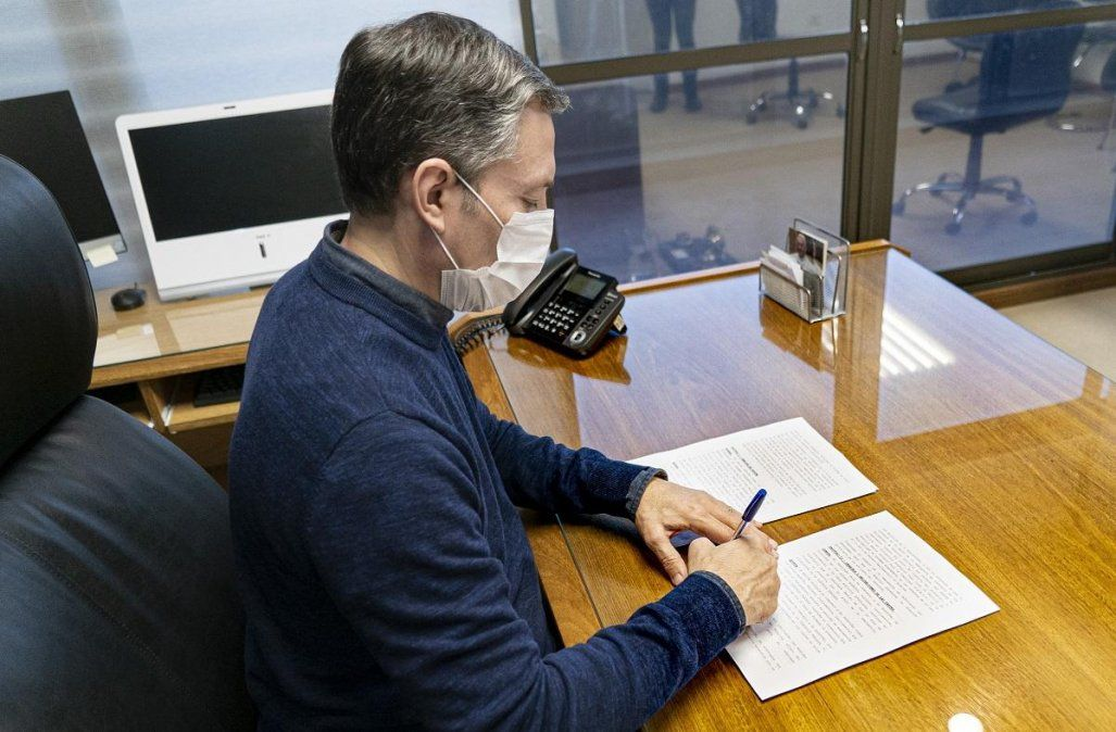 Fernando Gray exigirá pruebas sobre inversiones de Edesur