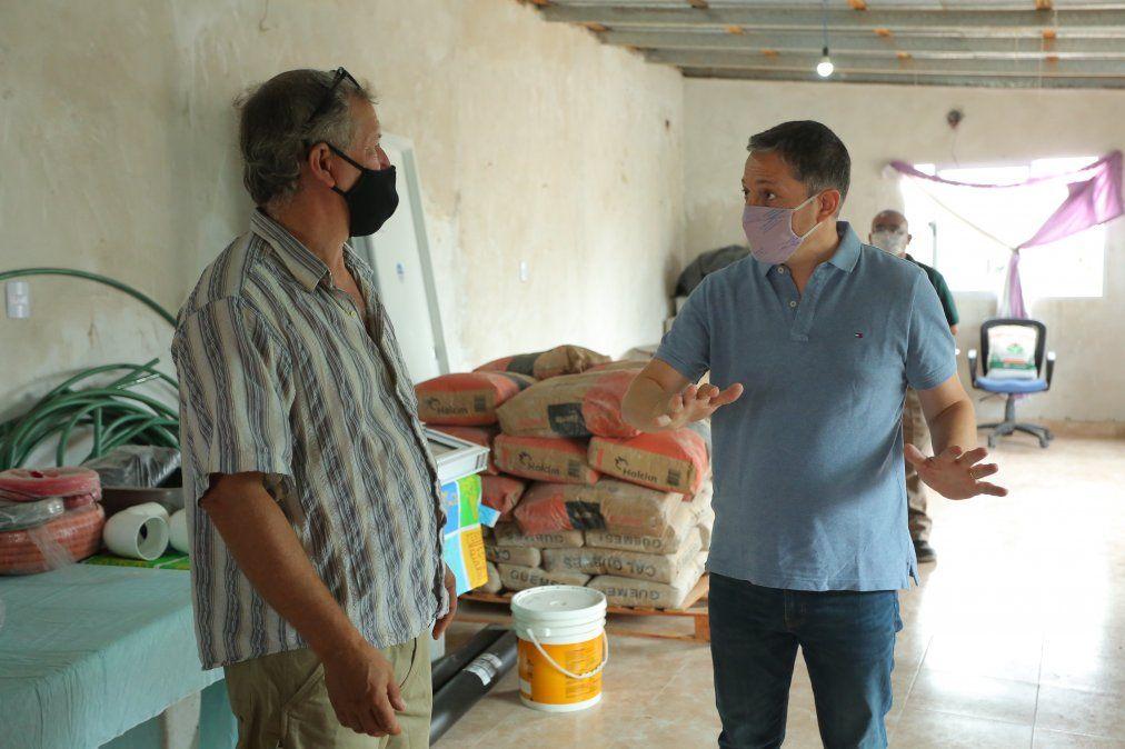 Fernando Gray destinó materiales al comedor Las Chacritas