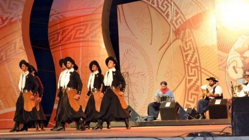 Las 9 razones para visitar la Fiesta de la Mozzarella en San Vicente: Imperdible