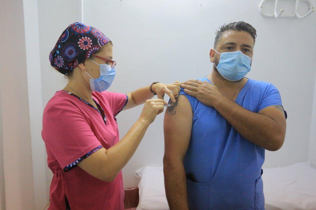 Avanza la vacunación contra el Covid-19 en Echeverría