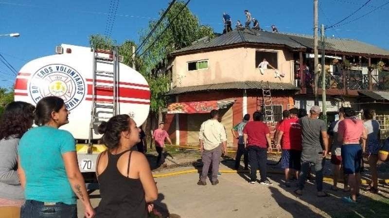 Incendio en ocho departamentos de Canning
