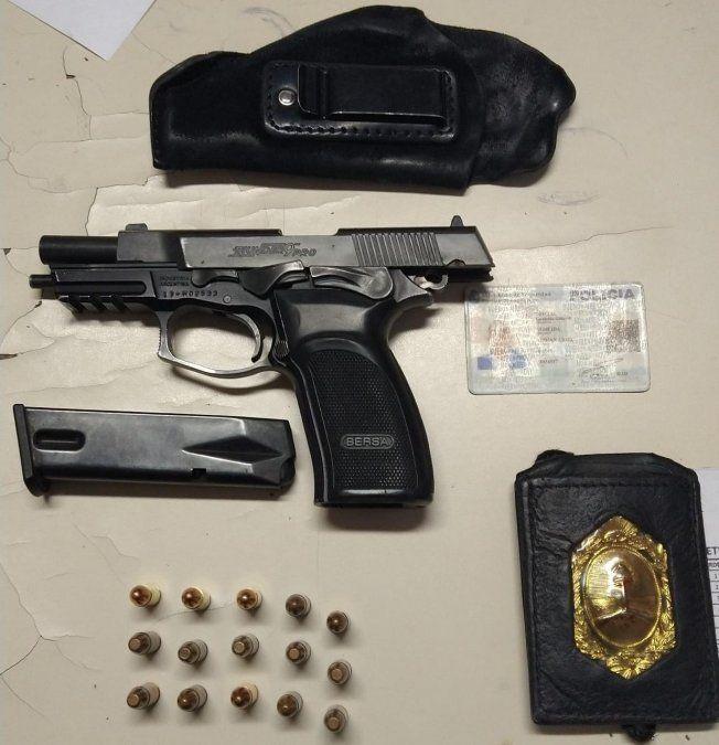 San José: detuvieron a un policía acusado de amenazar a un vecino