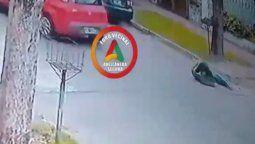 video: le robaron y lo atropellaron con su propio auto en gerli