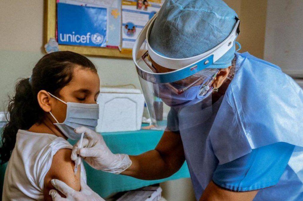 Abre la inscripción para la vacunación de chicos de 12 años: cuáles son los requisitos