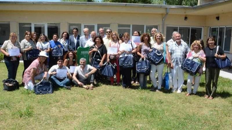 """Entregan diplomas a los """"Promotores Comunitarios de Salud"""