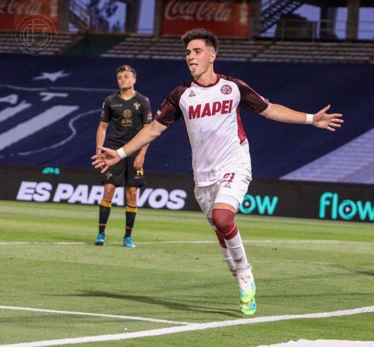 Franco Orozco, el jugador de Canning que debutó en Lanús y tiene hambre de gol