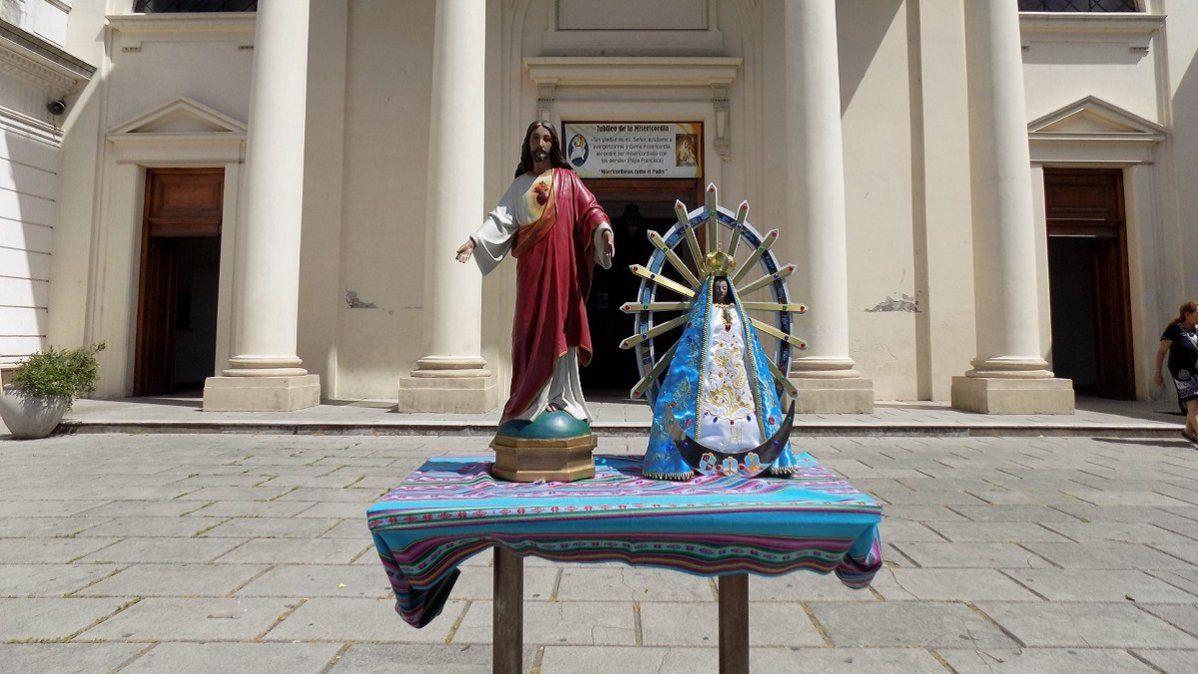 Misas al aire libre en la Catedral de Lomas