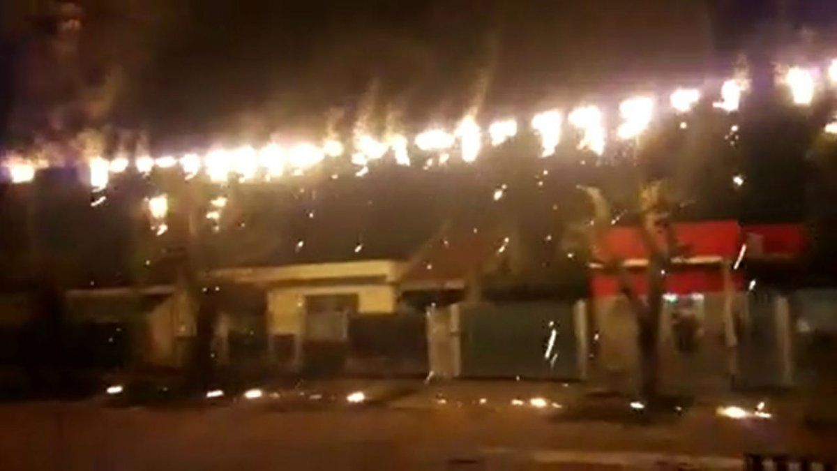 Se incendio el tendido eléctrico en Rafael Calzada