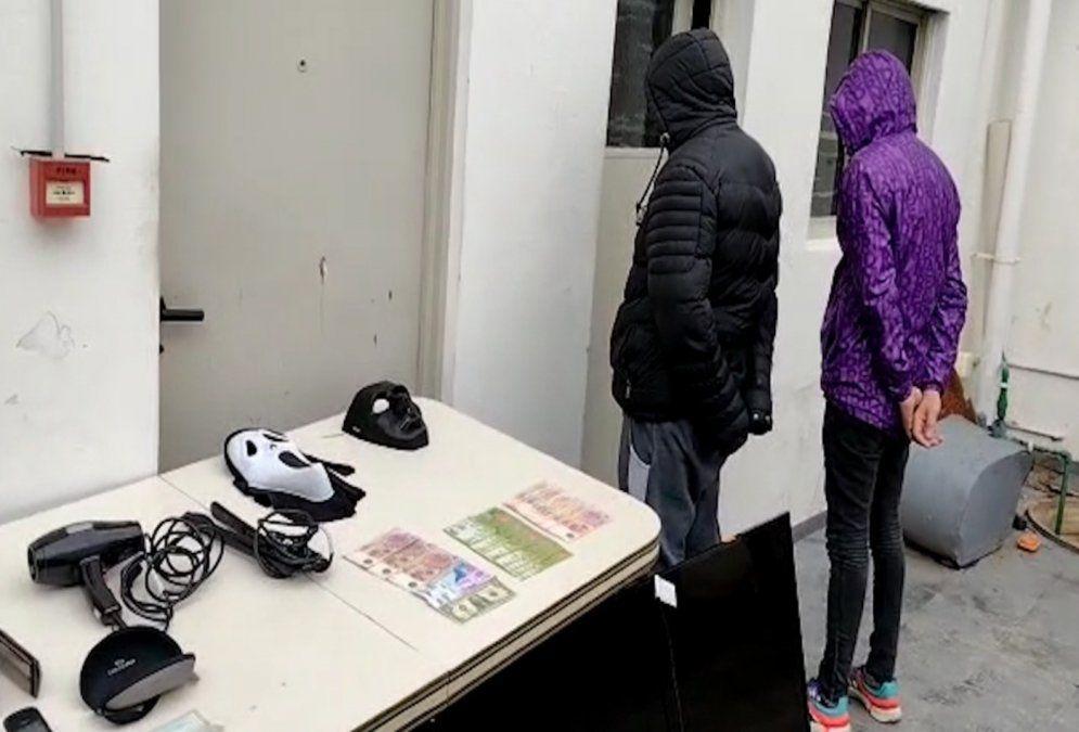 Lanús: detuvieron a dos delincuentes que desvalijaban casas