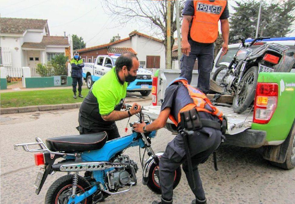 San Vicente: prohíben viajar en moto de a dos