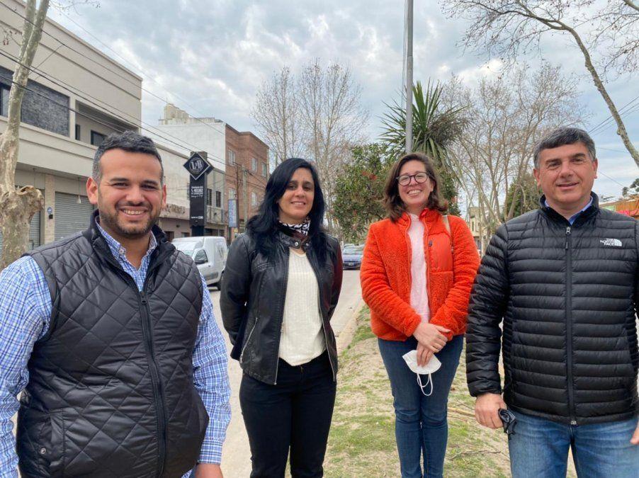 Una de las listas de Juntos en San Vicente: el diputado Medina, la concejal Izarriaga, Aluminé Manuel y Marcelo Raimondo.