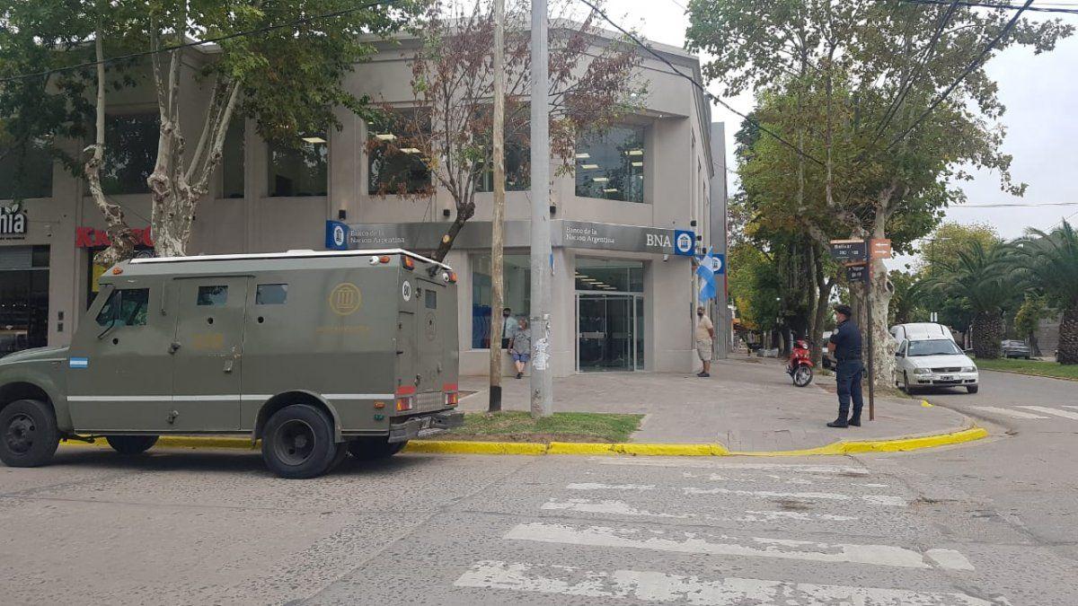 San Vicente: con complicaciones por la luz, comenzó a funcionar el Banco Nación