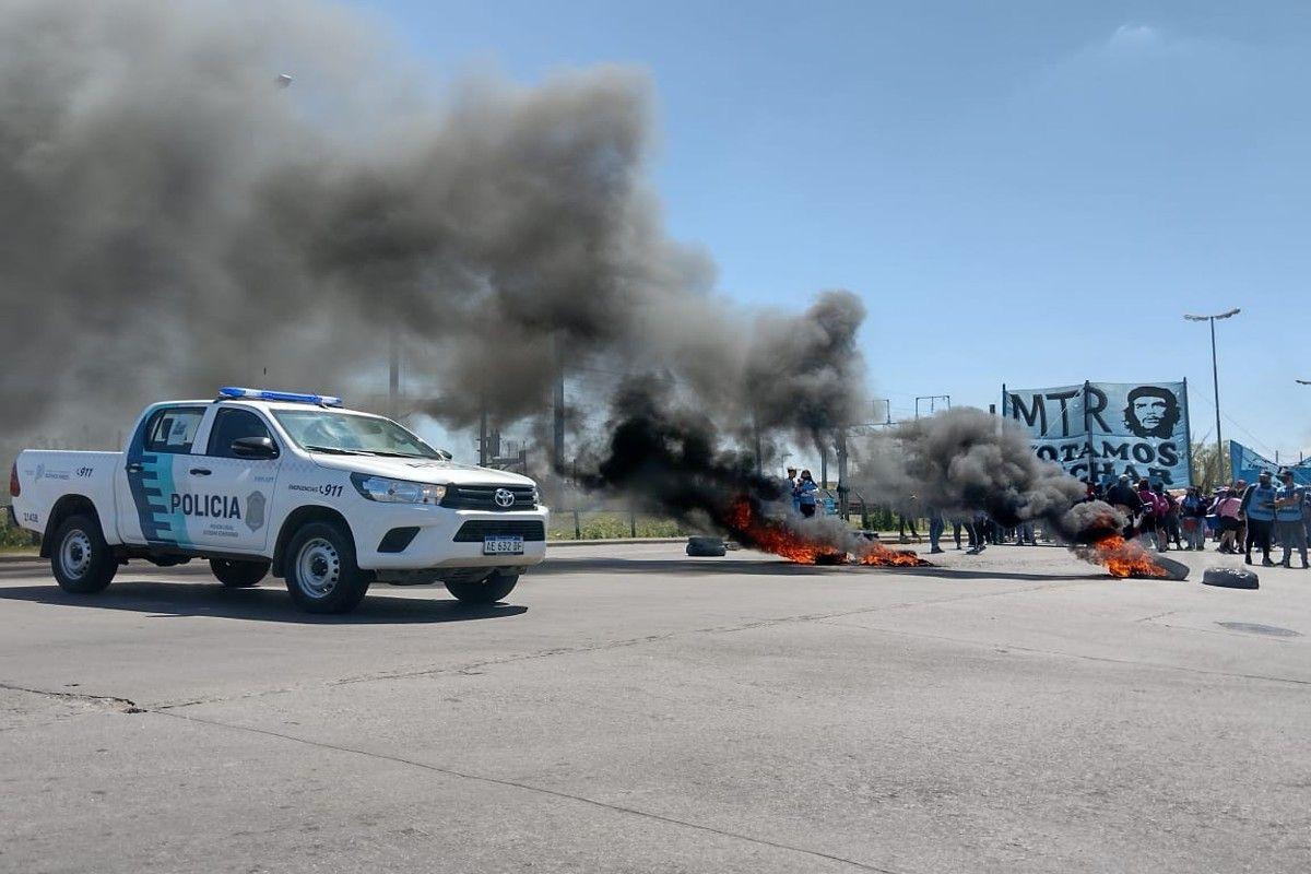 El Jagüel: corte y protesta en la Ruta 205