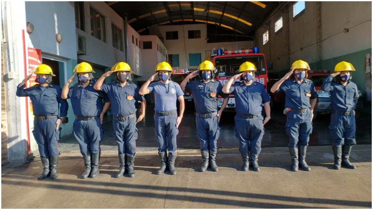 Los bomberos de Tristán Suárez y Spegazzini celebran 47 años de servicio.