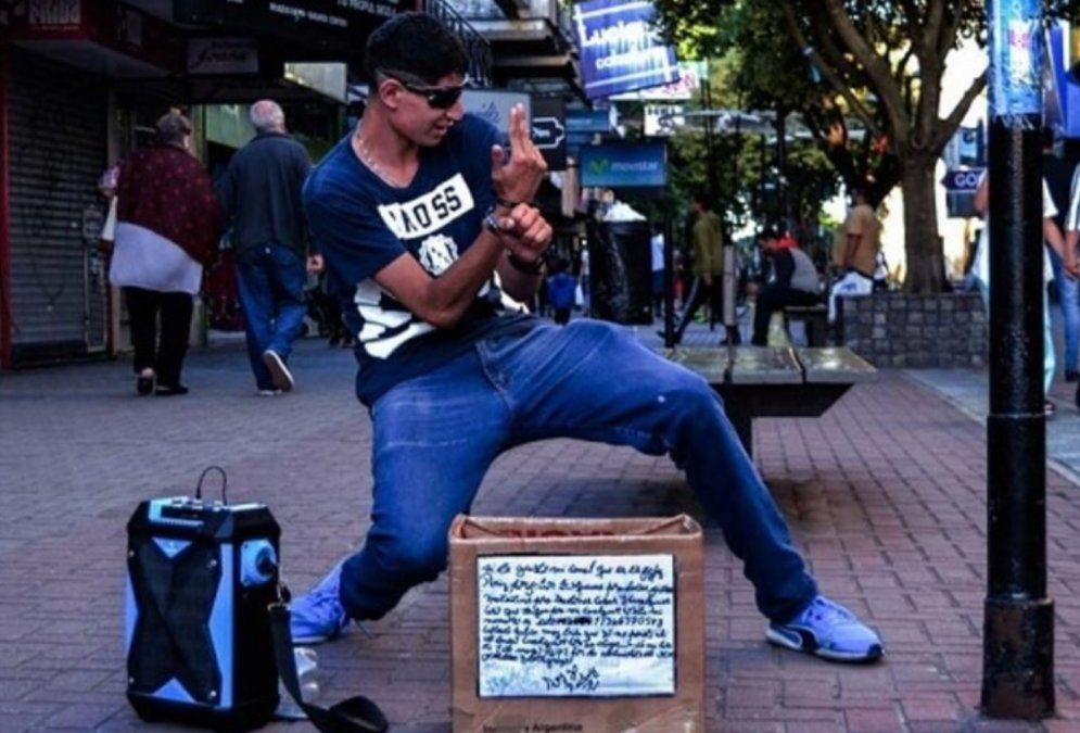 Murió El Fichy, el conocido bailarín de la peatonal de Quilmes