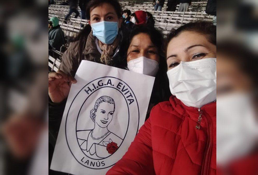 Trabajadores del Hospital Evita de Lanús fueron invitados a Argentina-Bolivia.