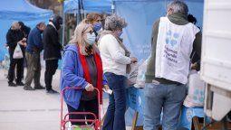 operativo en lomas: dni, atencion a mascotas y alimentos a precios economicos