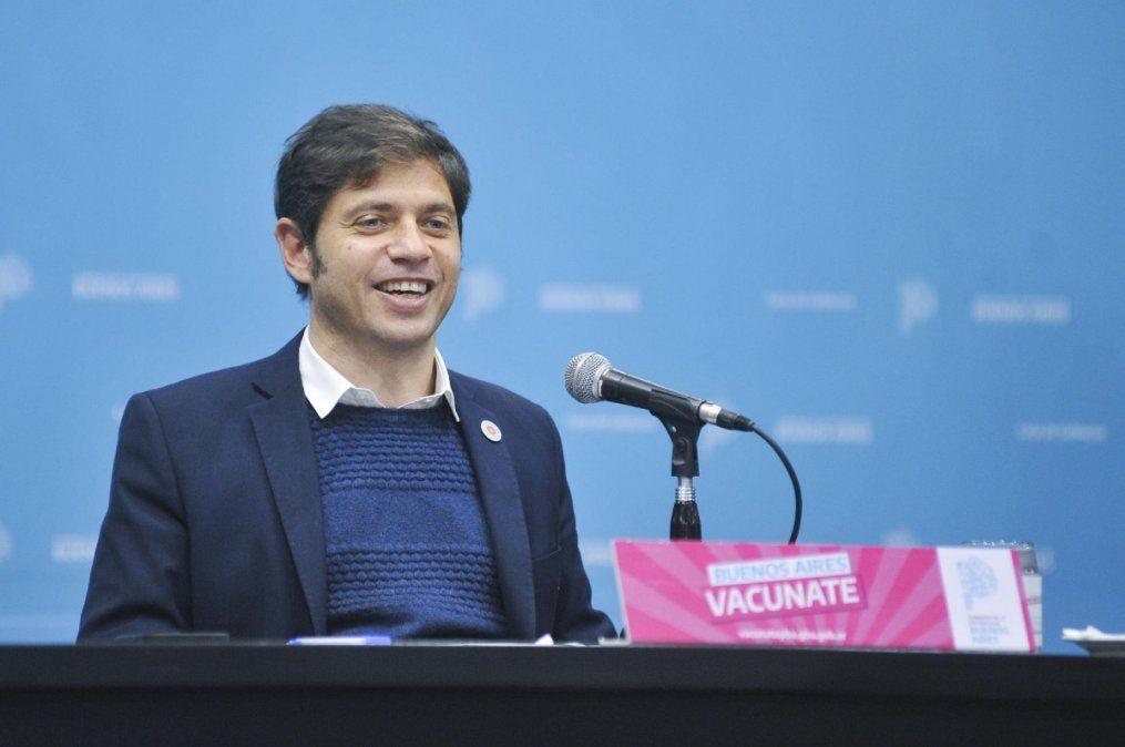 En conferencia de prensa, el gobernador de la provincia, Axel Kicillof anunció la vacunación libre para mayores de 30 años.