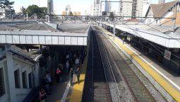 tragedia en lomas de zamora: una mujer se arrojo a las vias del tren