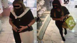 monte grande: mecheras fueron descubiertas mientras robaban