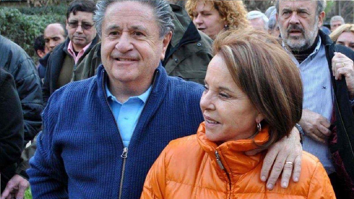 Vacunados VIP: Duhalde, Chiche, sus hijas y hasta su secretario de Lomas de Zamora