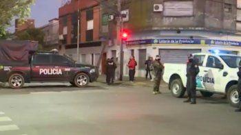 Toma de rehenes en Caseros: 2 muertos y 4 efectivos heridos