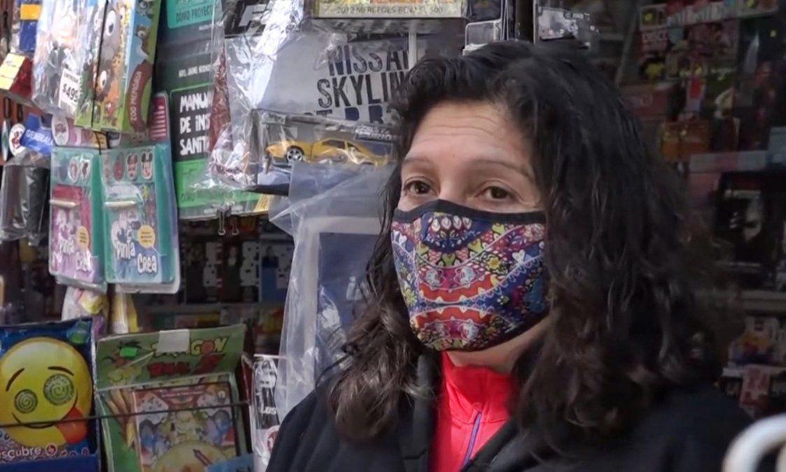 Casi tres décadas como canillita en el centro de Lomas de Zamora: Me encanta mi trabajo