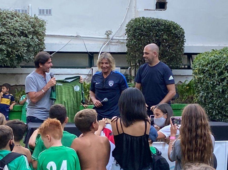 Claudio Paul Caniggia visitó el country El Venado de Canning