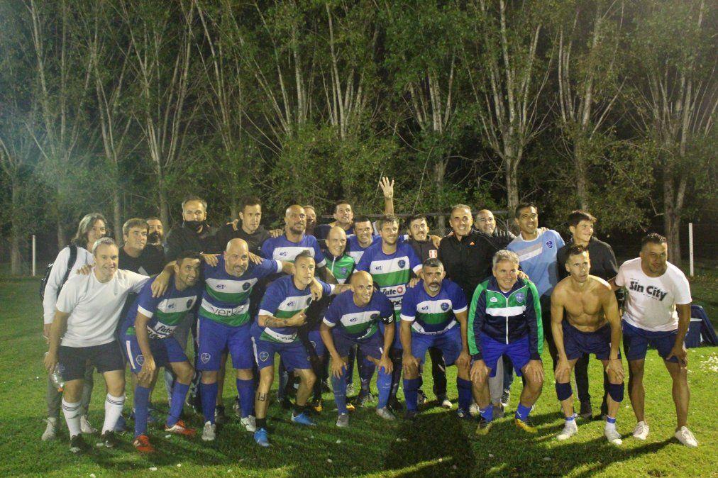 Saint Thomas Verde goleó 4 a 1 a Lagos de Canning y quedó a un paso del título