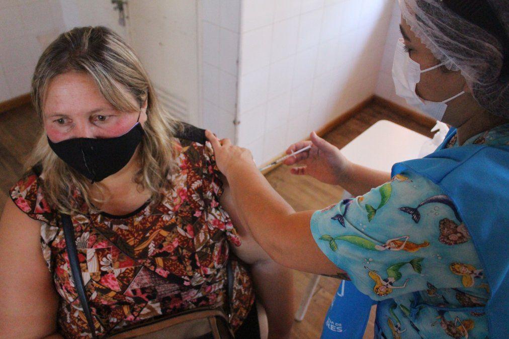 Comenzó la vacunación de los docentes en Ezeiza