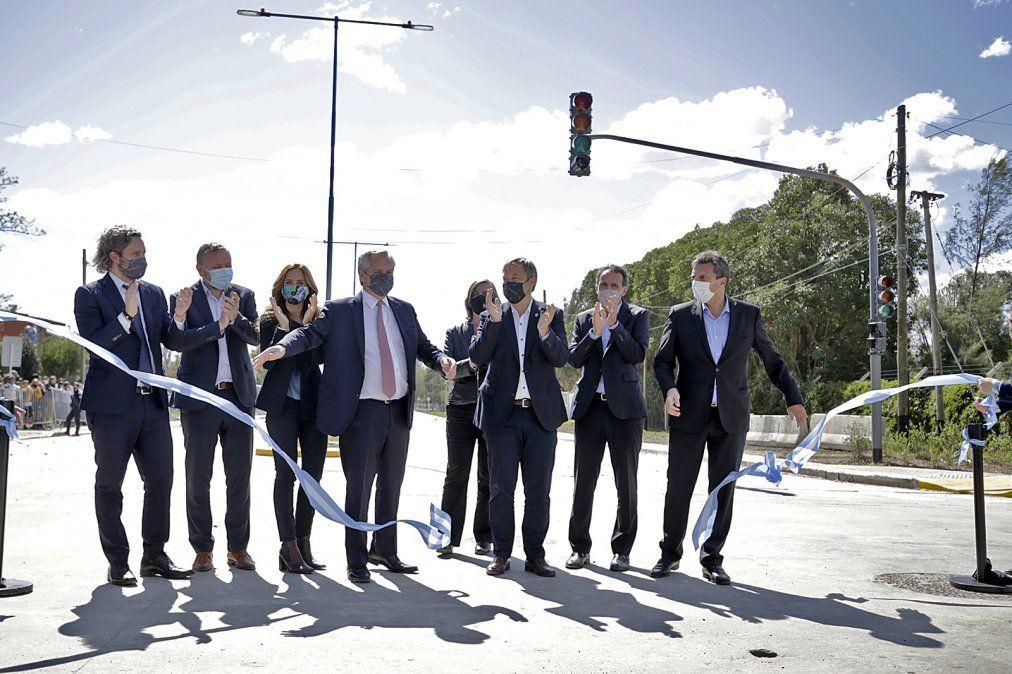 Alberto Fernández en Almirante Brown: inauguró la obra de República Argentina y almorzó con intendentes