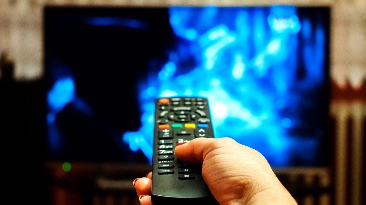 El gobierno autorizó subas en las tarifas de internet, telefonía y TV por cable: de cuánto es el aumento